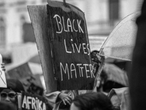 4 Major Ways to Support the Black Community During Black History Month